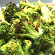 Brokkoli-Röschen mit Sesam-Dressing