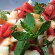 bunter Melonensalat mit Zitronenmelisse