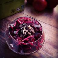 Rote-Bete-Salat mit Äpfeln und Walnüssen