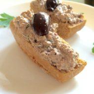 Tofu-Oliven-Aufstrich