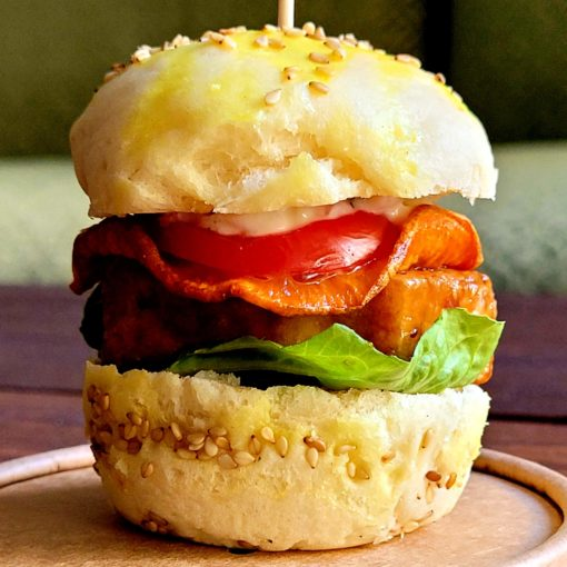 Mini Burger mit BBQ-Tofu